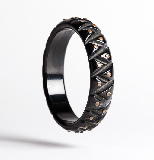 black_studded_bangle2