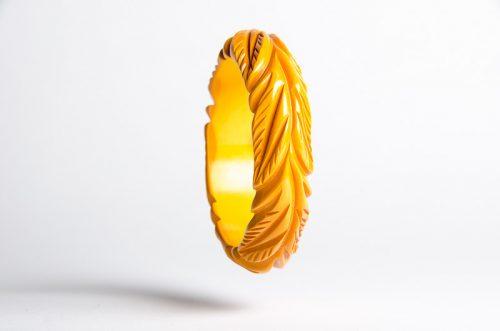 yellow_bakelite_leaf_bangle1
