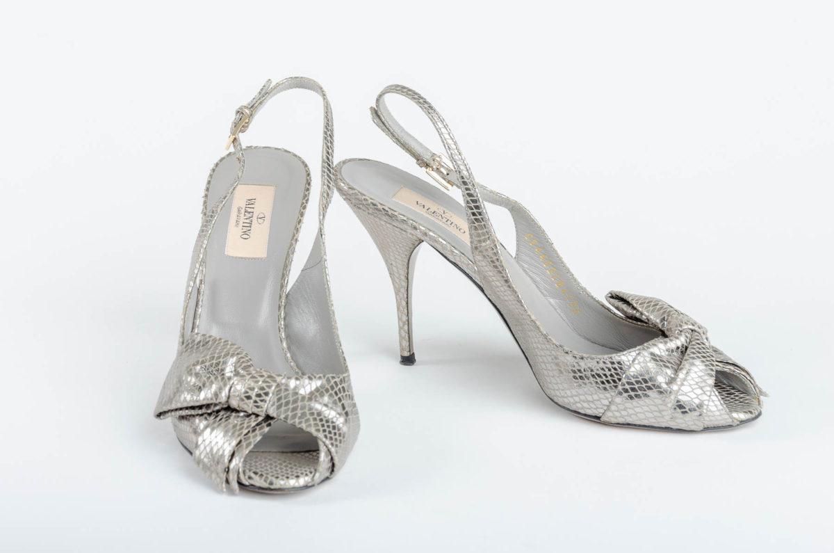2e2d6e9e316 Valentino Garavani Silver Sandals - Double Take of Santa Fe